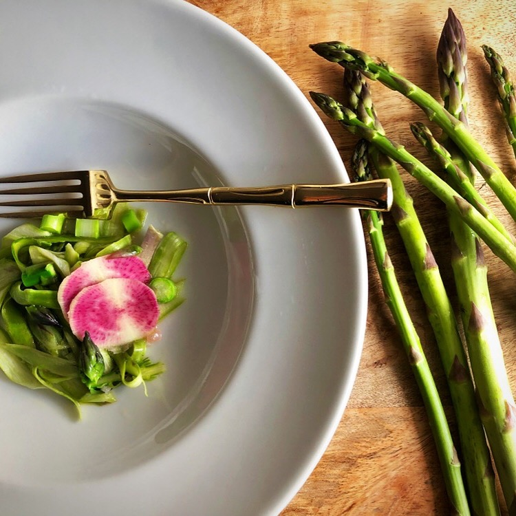 Easy Asparagus salad Recipe