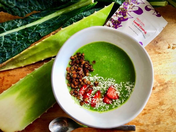 Healthy smoothie bowl recipe for a delicious green bowl