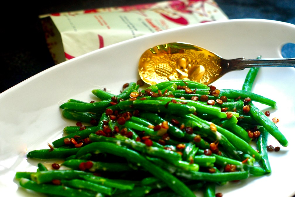 Crispy String Beans With Blue Cheese Glaze